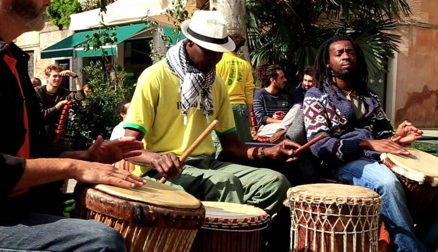 Corso di Percussione Africana scuola di musica Roma – Cento per Cento Musica