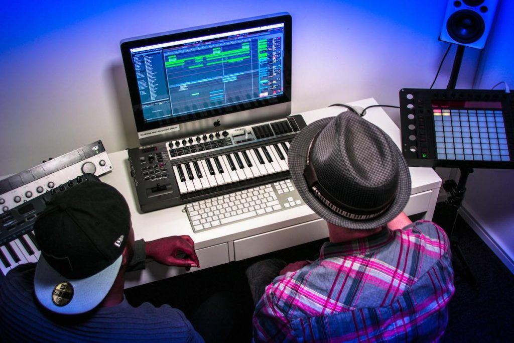 Corso di Arrangiamento e Produzione Musicale – Cento per Cento Musica
