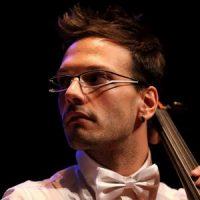 Simone Sitta – Corso di Violoncello Cento per Cento Musica Roma